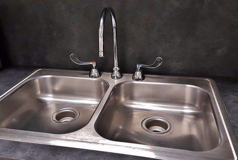 Different types of kitchen sink