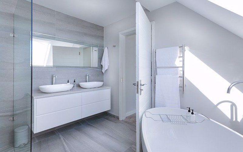 Modern Bathroom Must Haves