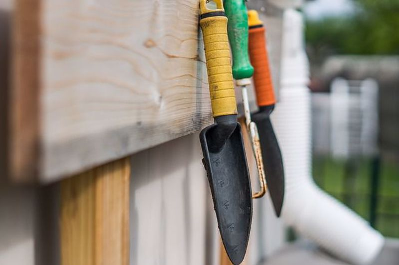 The only 5 garden tools you need