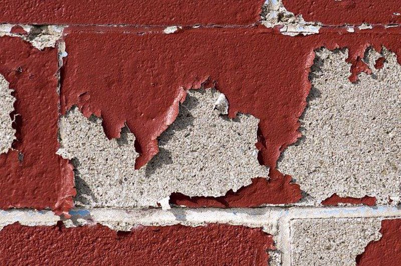 How to patch peeling paint